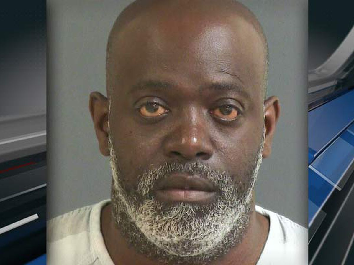 Affidavit: Suspect stalked, threatened victim prior to Charleston apartment shooting