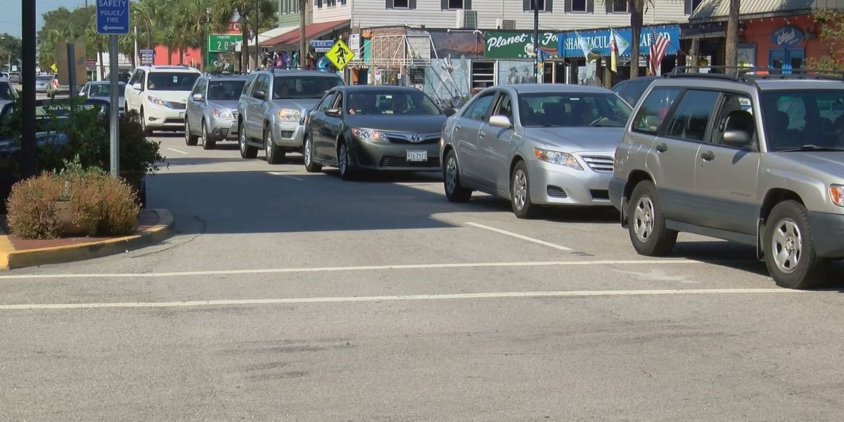 Folly Beach's Center Street could change from four to three lanes to ease traffic