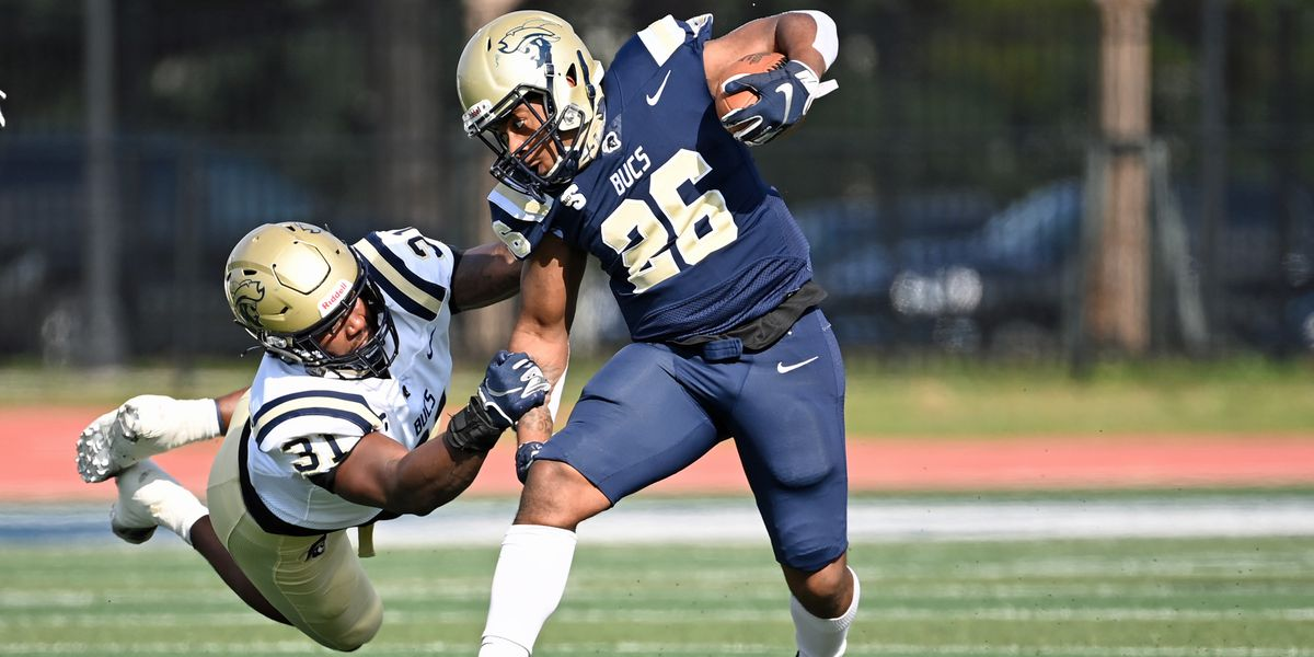 Charleston Southern Defense holds off late offensive surge in the 42-21 win at the Fall Game