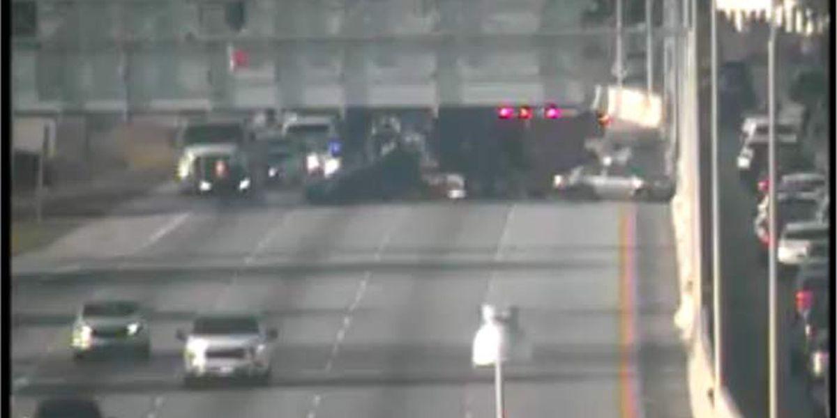 I-26 eastbound lanes reopen after 3-vehicle crash near Aviation Avenue