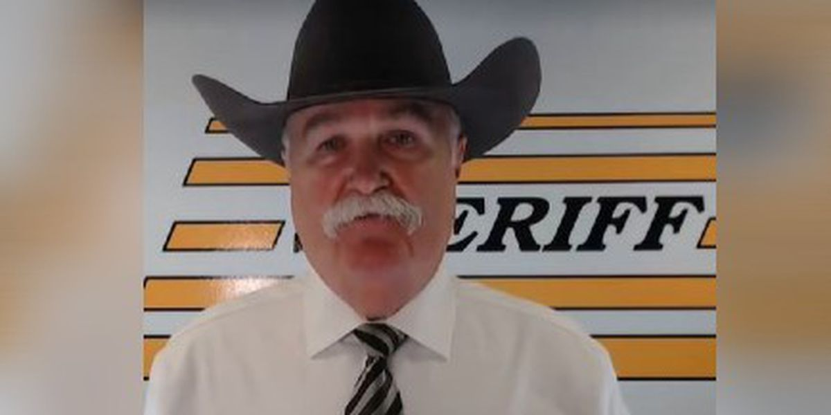 Ohio sheriff says he will help celebrities leave country if President Trump is re-elected