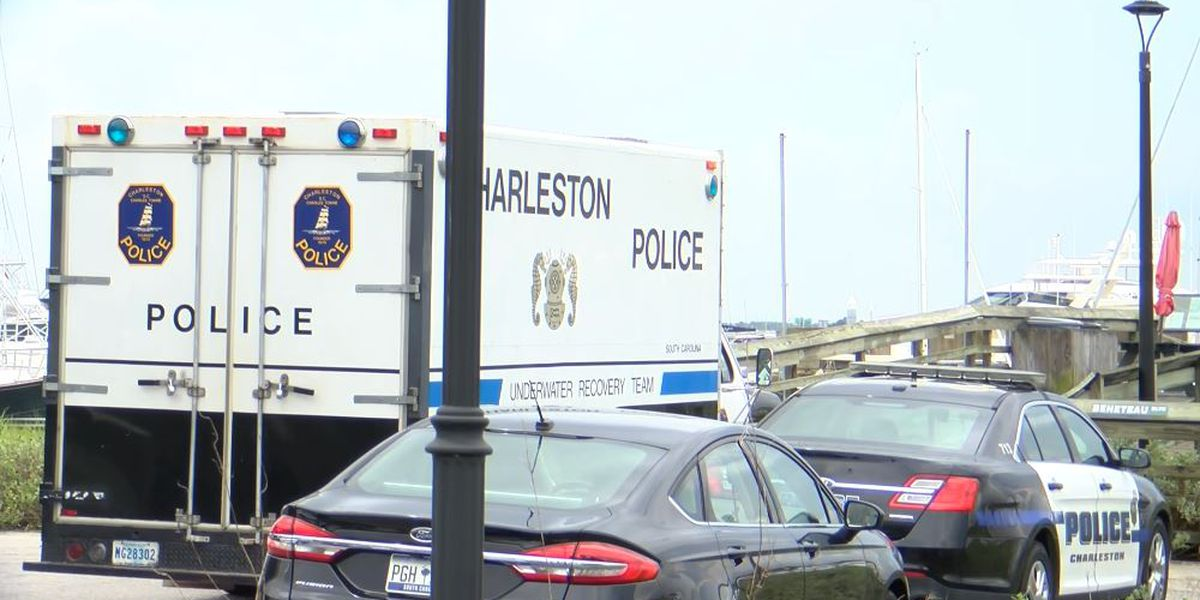 Diver discovers man's body in water at Charleston City Marina