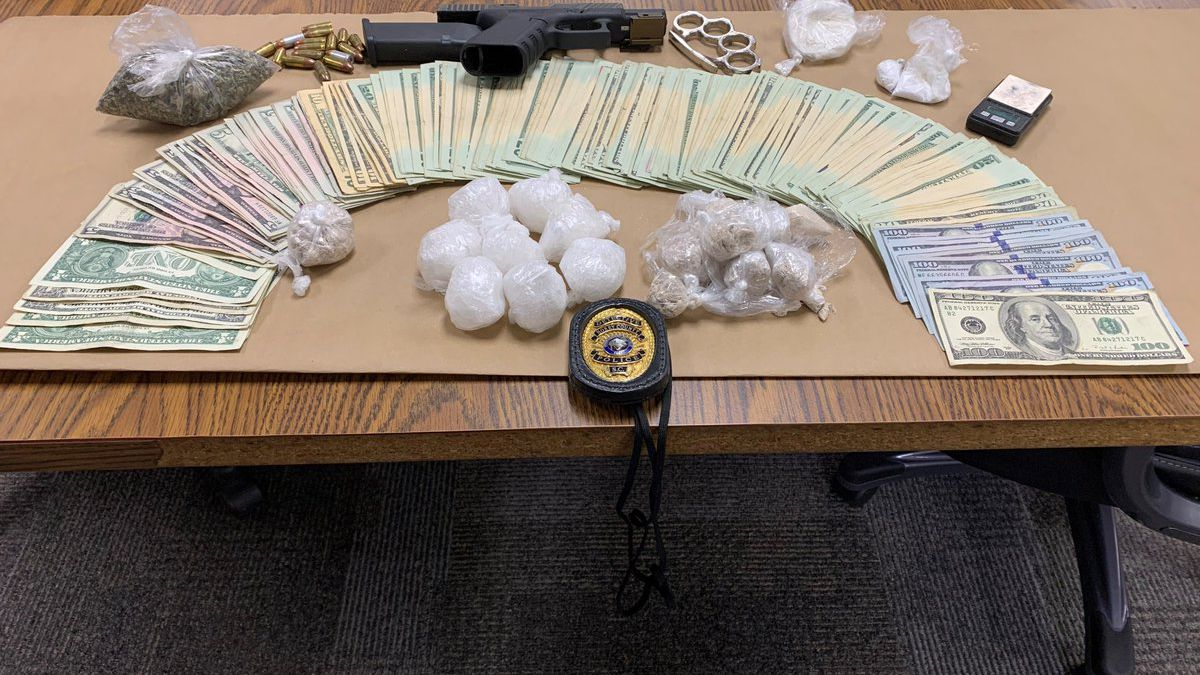 Police: Drug trafficking suspect arrested after leaving wallet behind after traffic chase