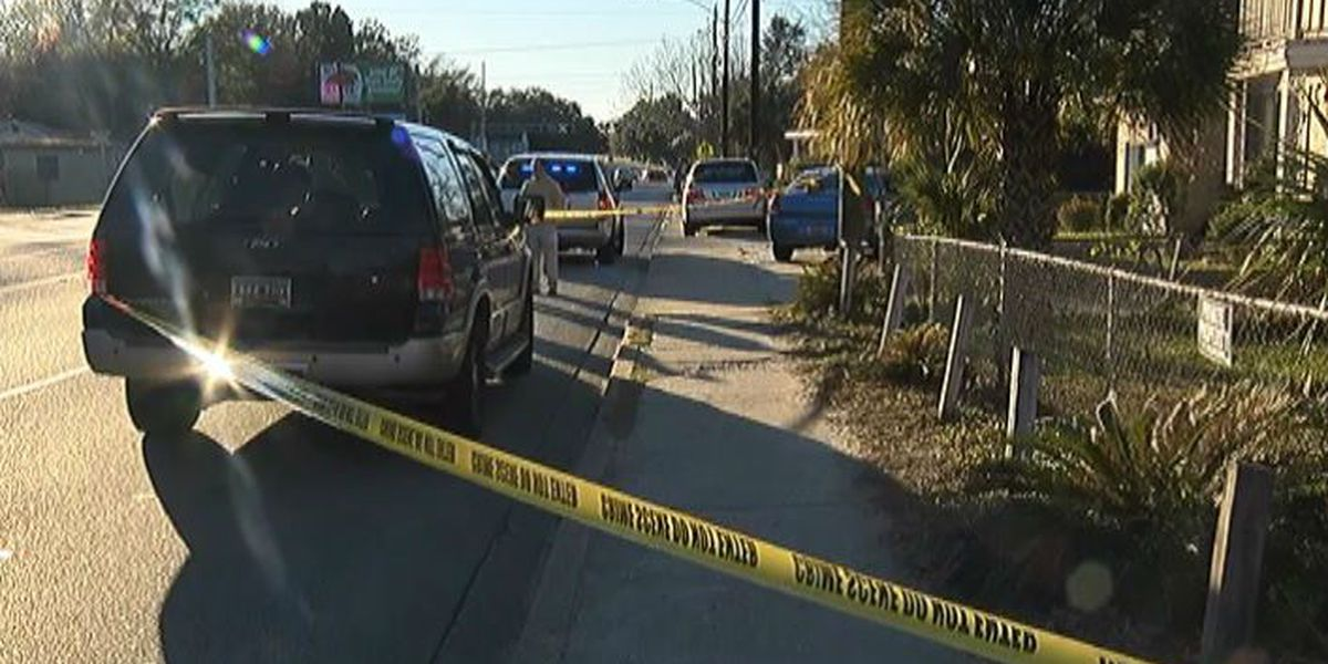 One man shot, another stabbed following altercation at N. Charleston home