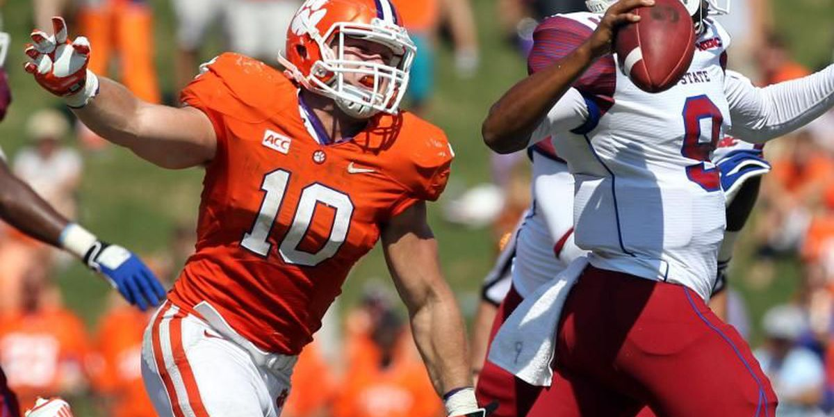 Clemson linebacker to spend time with fans in North Charleston