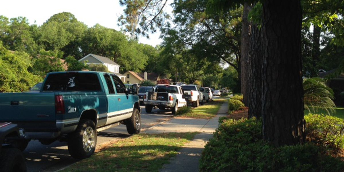 James Island neighborhood in parking war with high school students