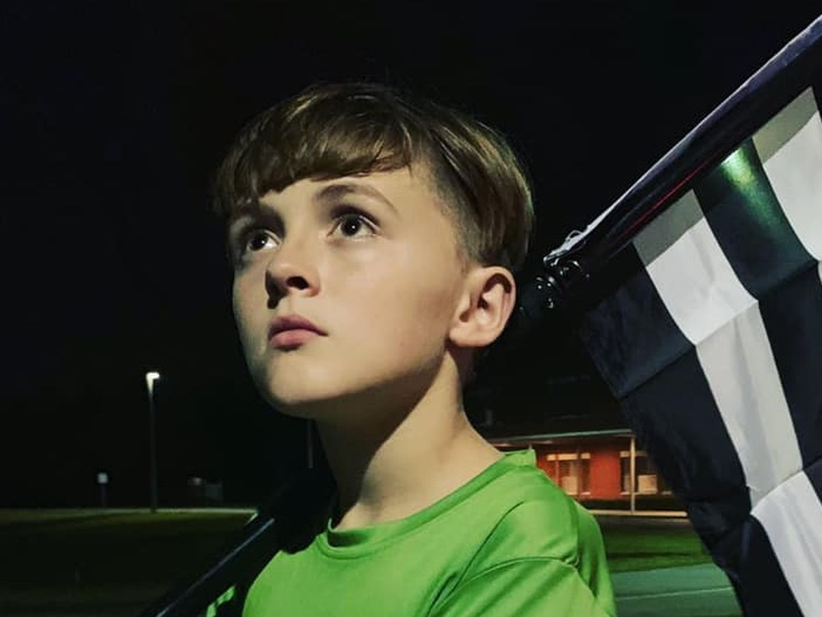 This 11-year-old runs a mile for each officer killed in the line of duty. Tonight, he'll run 2 more
