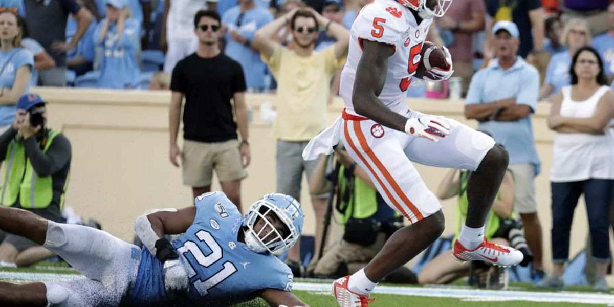 Higgins Named ACC Receiver of the Week