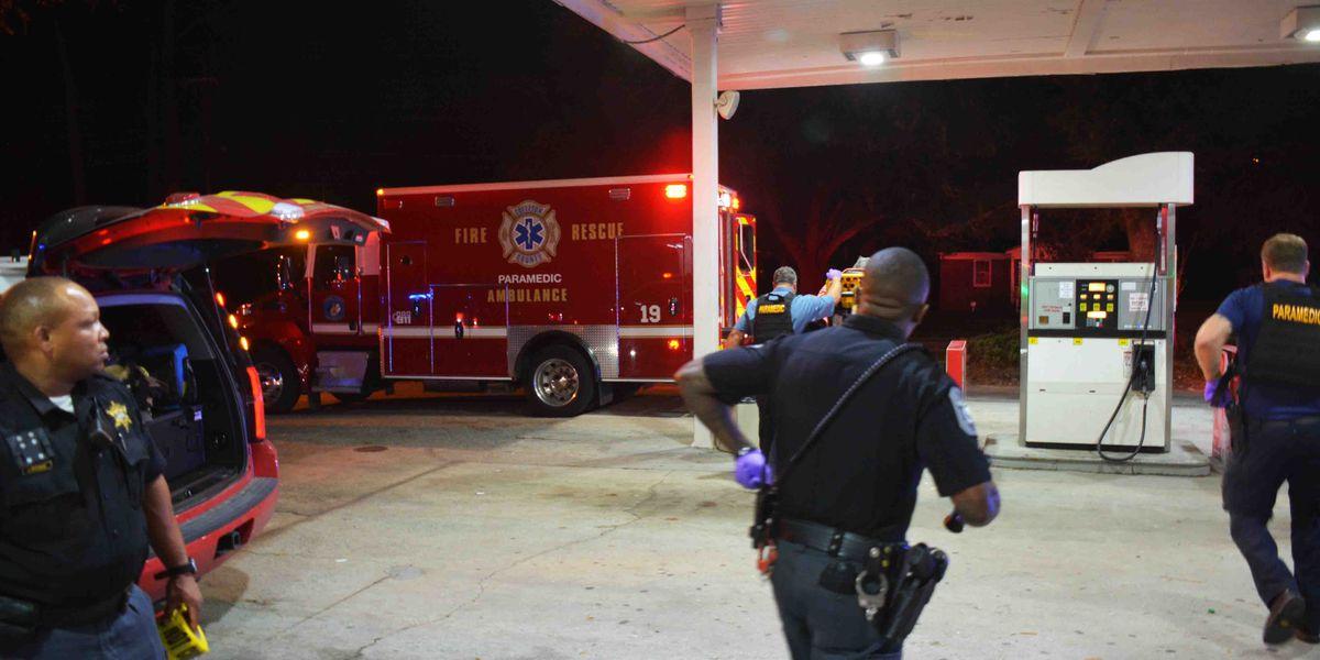 Report: Deputies investigating after woman shoots boyfriend in Walterboro
