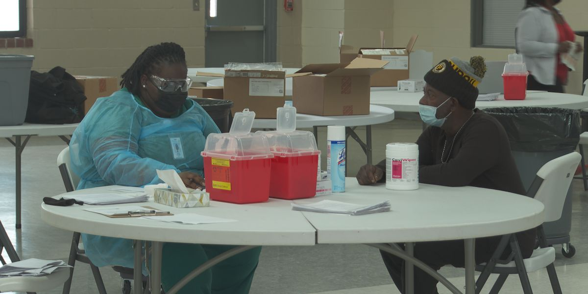 Walk-in vaccination clinics help people in Calhoun Co. take part in Phase 1B