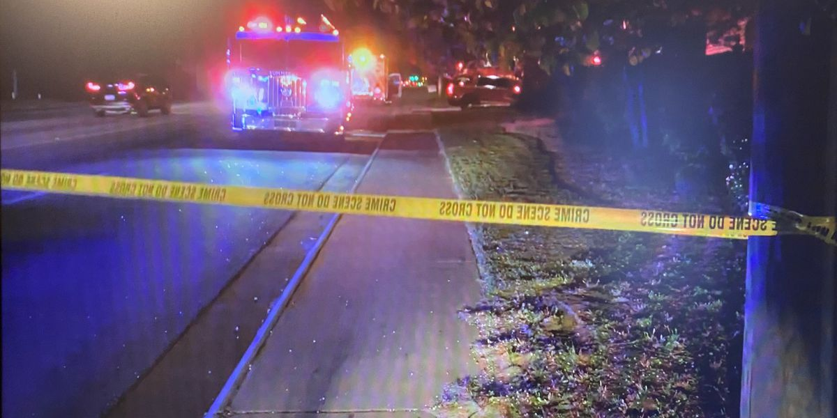 Crews respond to Summerville mobile home fire