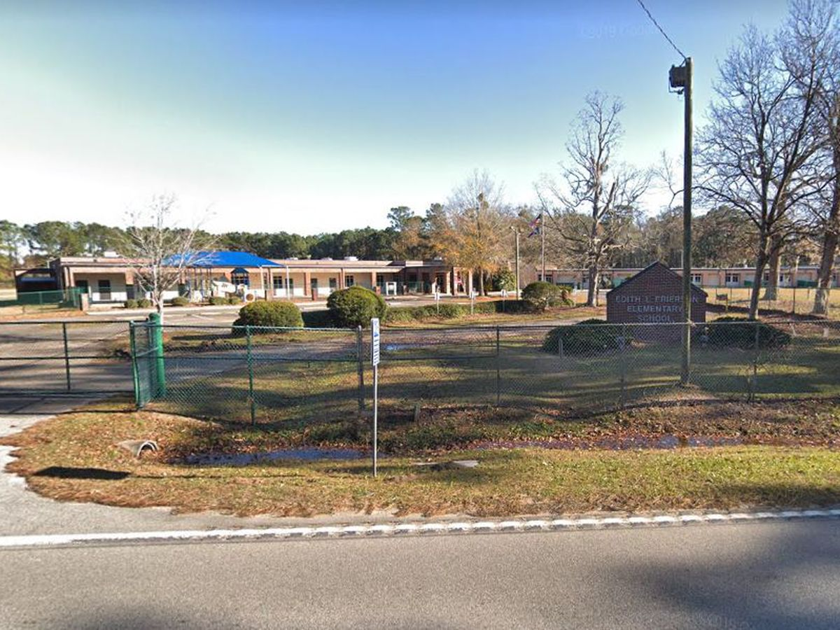 Deputies watching area where gunfire reported near elementary school