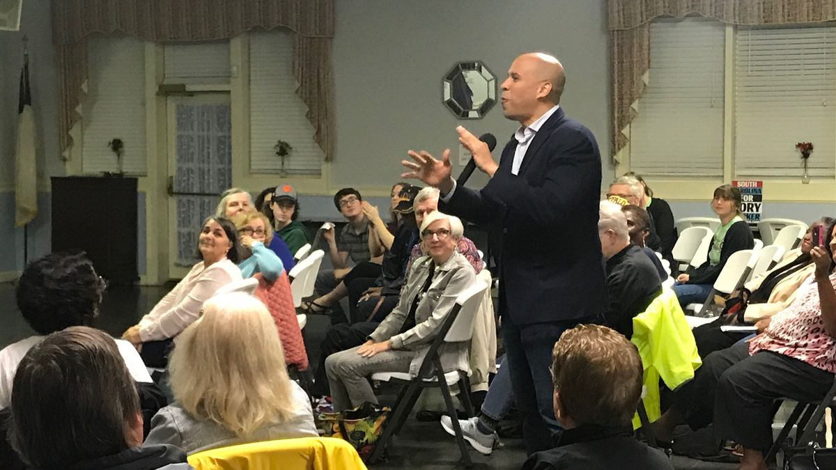 Corey Booker comes to South Carolina to discuss issues with voters