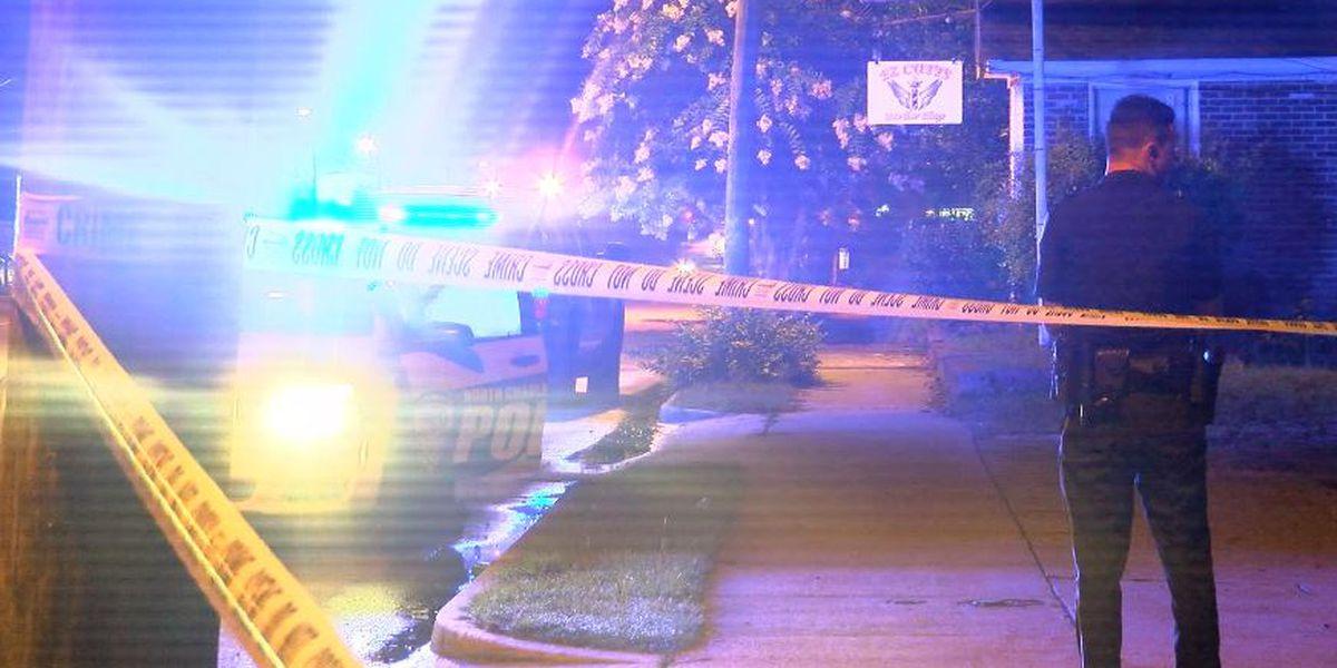 Police: Man shot in leg in North Charleston
