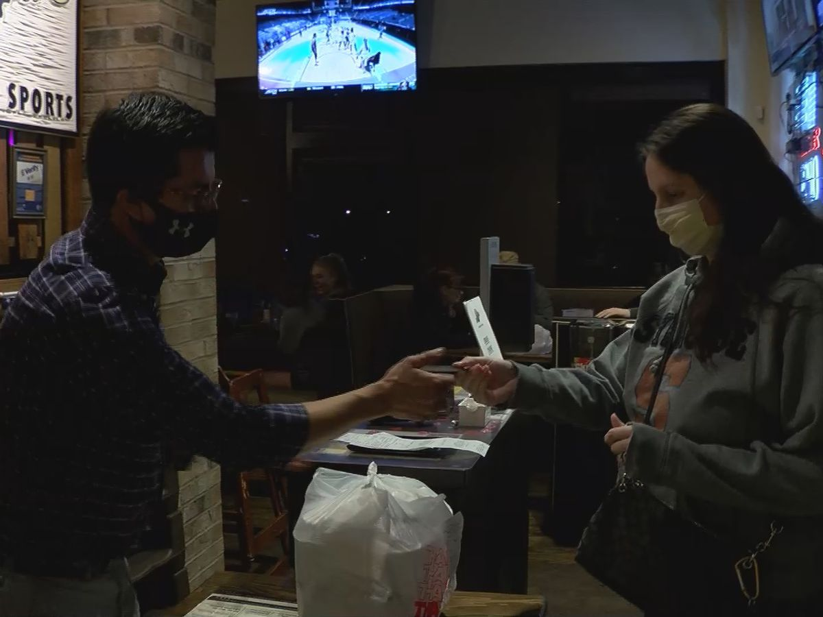 'The guests can choose:' S.C. restaurants embracing end of mask mandate for customers
