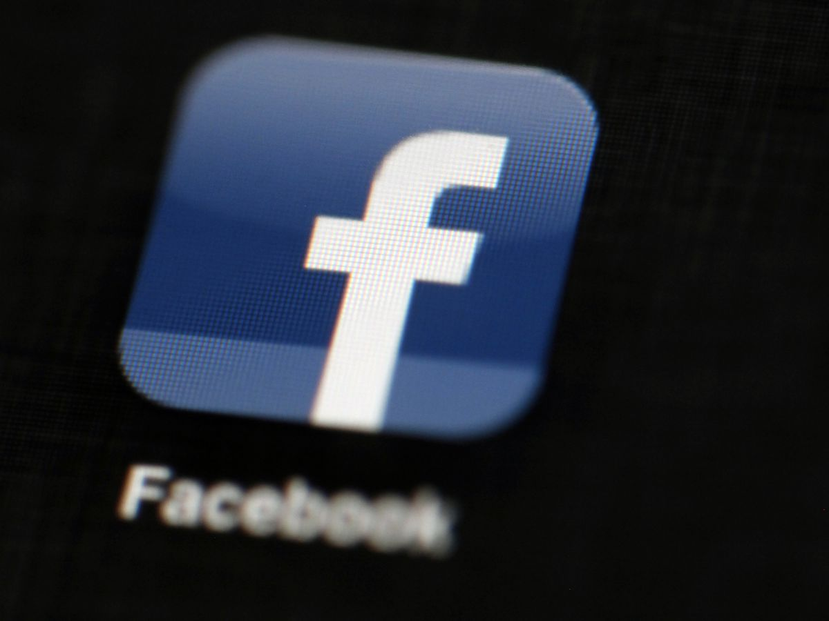 Govt accuses Facebook of discriminating against US workers