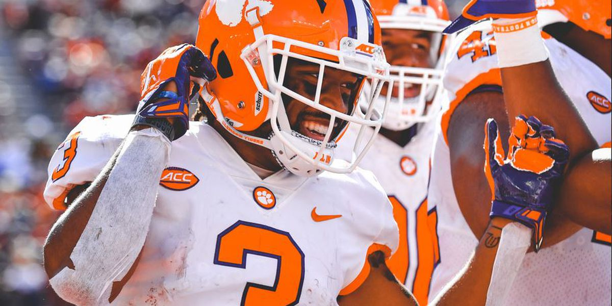 Clemson offense torches Florida State 59-10
