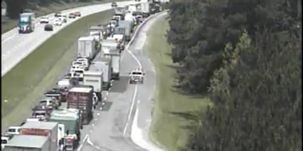 Five people killed after SUV crosses I-26 median striking two tractor trailers in Orangeburg Co.