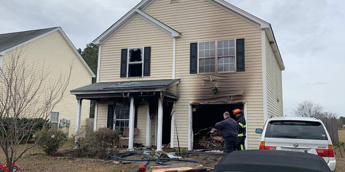 Neighbor saves 2-year-old from Dorchester Co. house fire