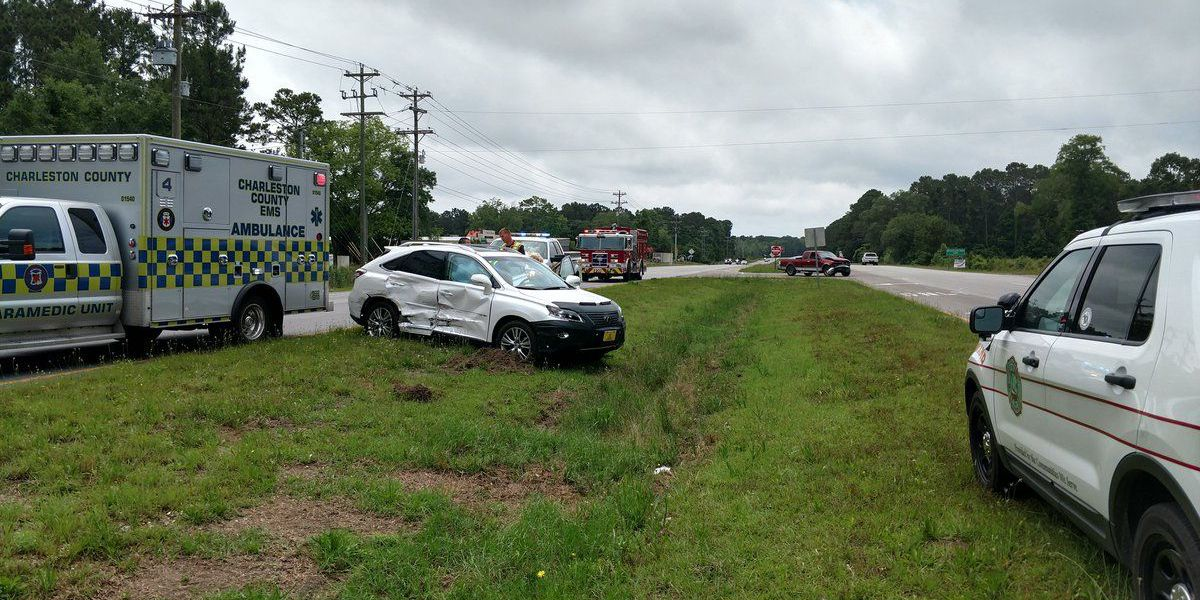 Hwy. 17 cleared in Awendaw after crash sends 1 to hospital