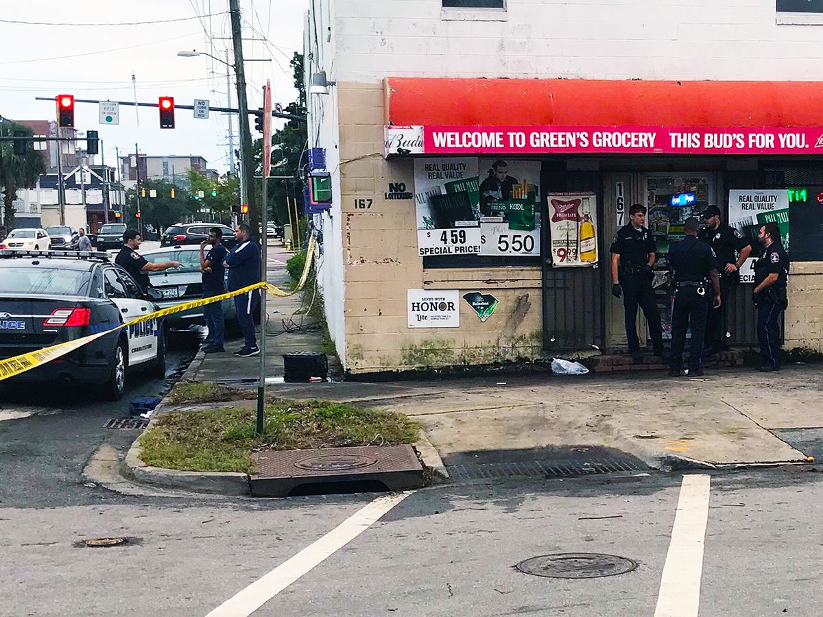 Coroner identifies man who died following shooting at Charleston grocery store