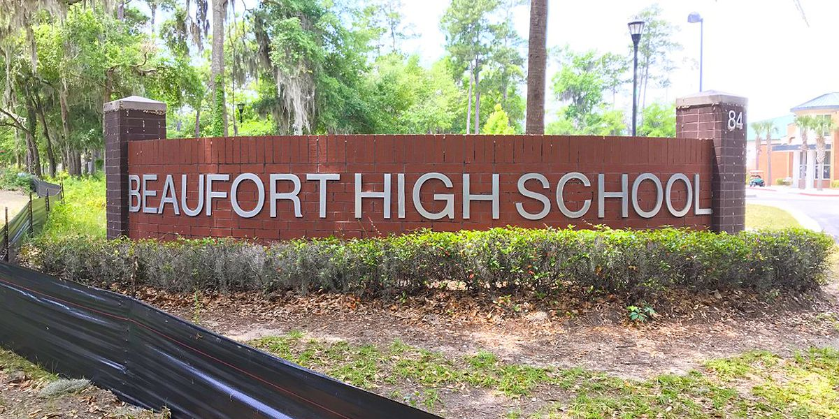 Seniors, parents angry about virtual graduations in Beaufort County