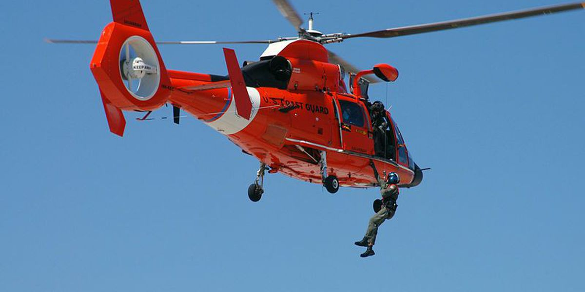 Coast Guard rescues 3 from grounded boat near Fripp Island