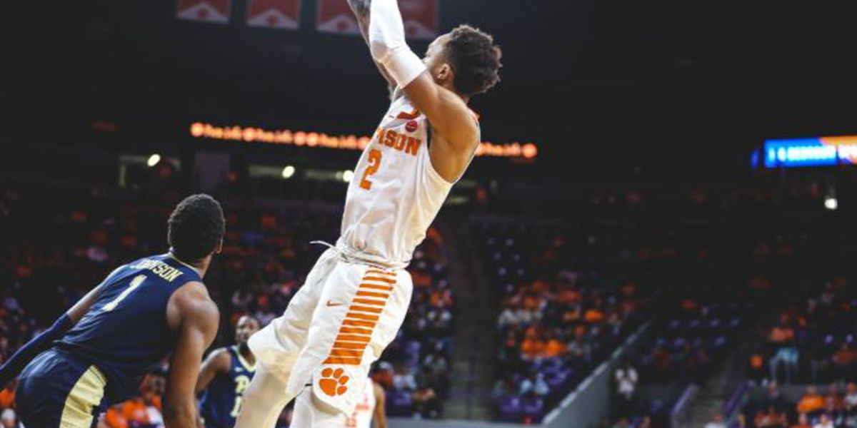 Reed propels Clemson to 82-69 romp over Pittsburgh