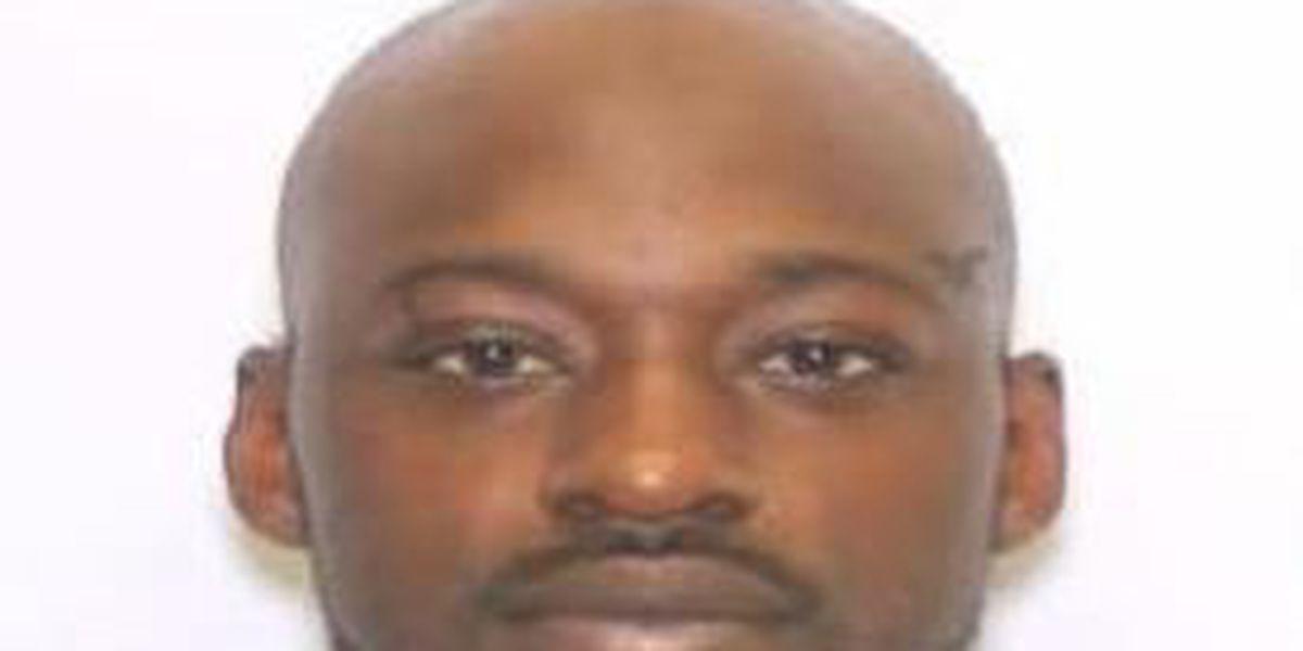 Charleston burglary suspect sought by police