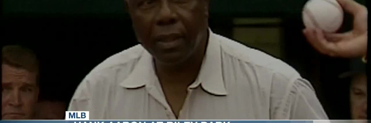VIDEO: Hank Aaron throwing out 1st pitch at Riley Park in 1998