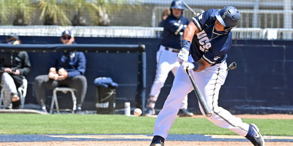 Bullock, Oliveira power Bucs to series-opening win at Campbell
