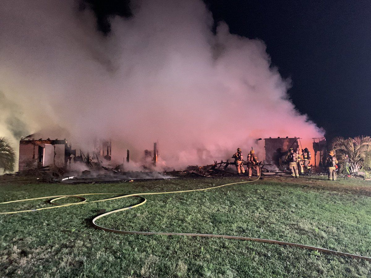 Five displaced after structure fire in Conway area