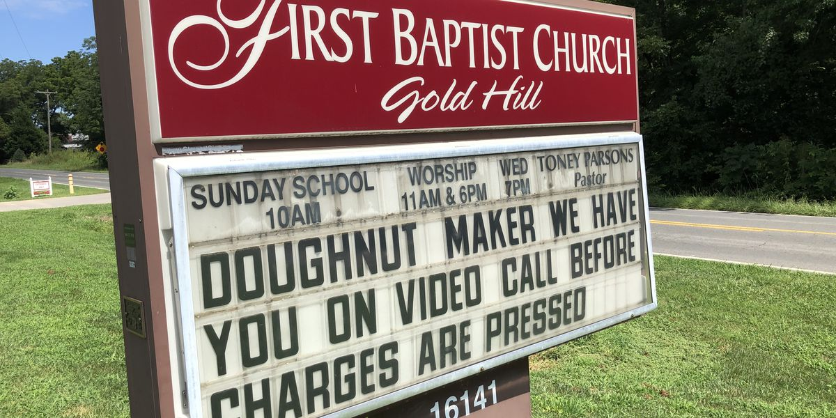 Gold Hill church tired of vandalism uses sign to offer a choice to the culprit