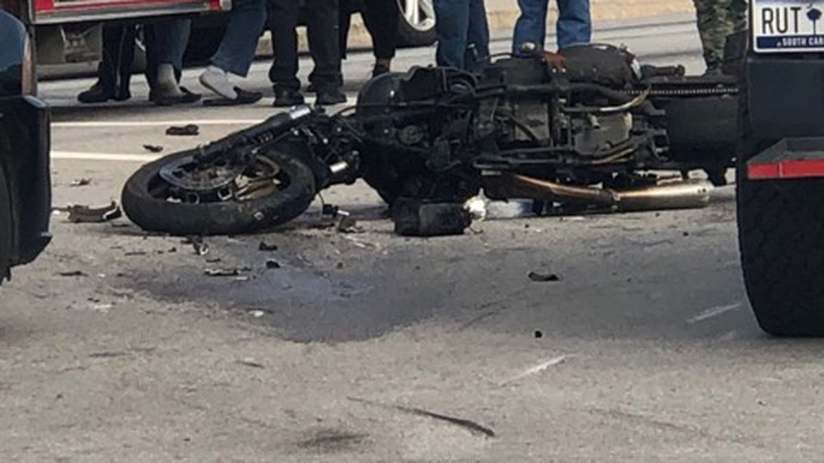 Troopers: One dead following crash in Dorchester County involving motorcycle