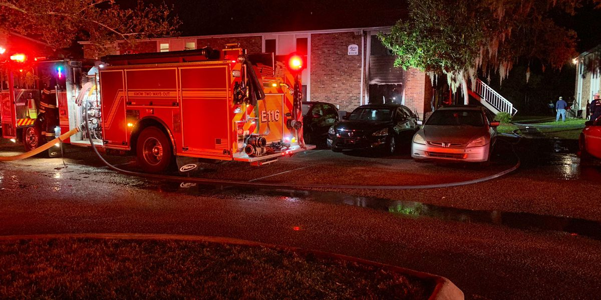 Ten people displaced after fire at West Ashley Apartment