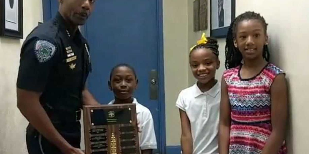 NCPD Chief Reggie Burgess honors Liberty Hill students for academic success