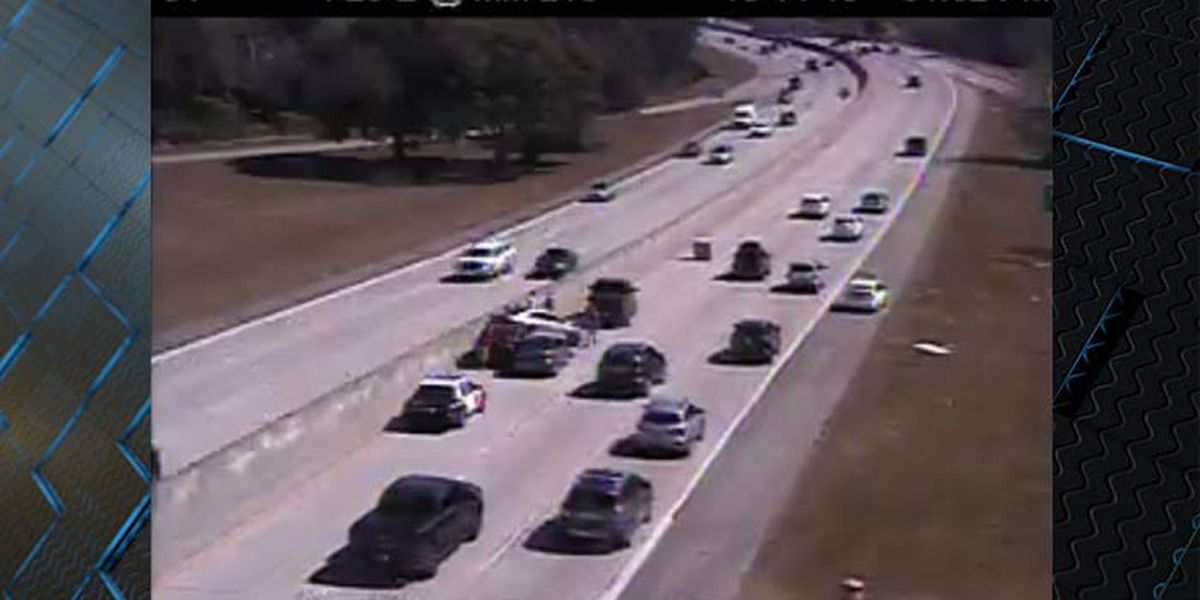 Crashes block traffic during lunch hour commute on I-26