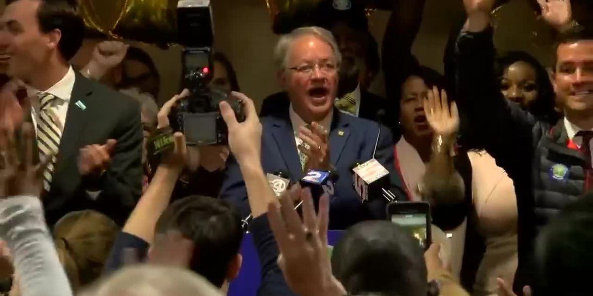 VIDEO: Charleston Mayor John Tecklenburg speaks to supporters after election runoff victory