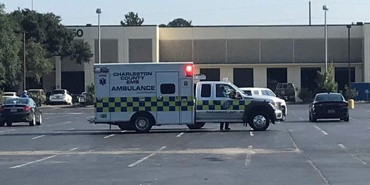 Crews detonate reported suspicious package found outside N. Charleston office building