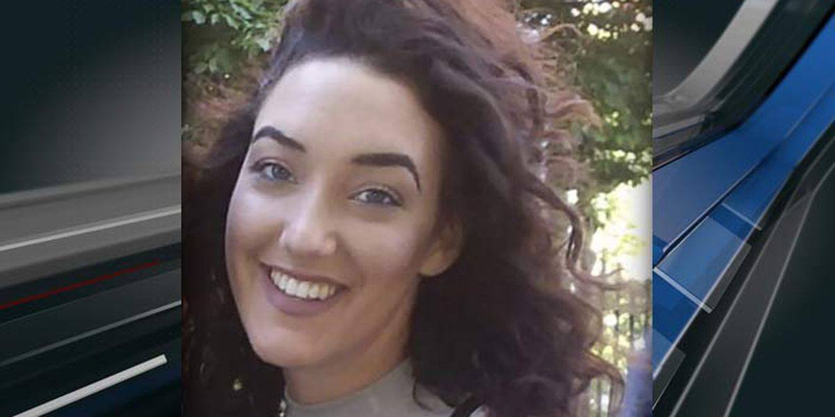Charleston County deputies searching for missing woman