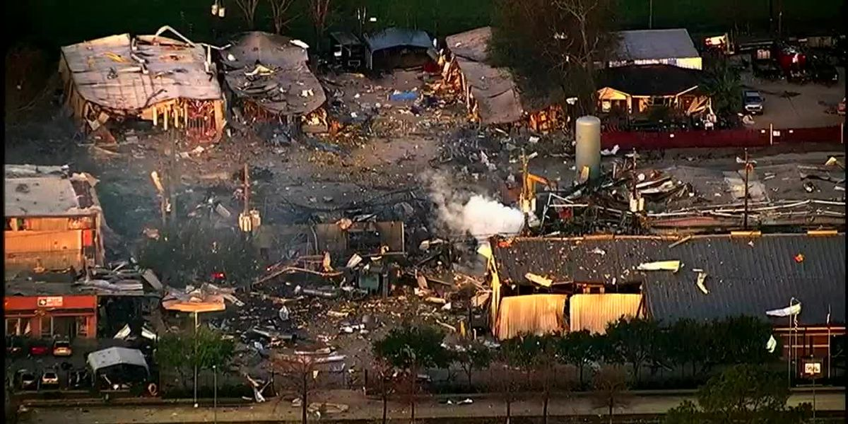 Raw: Destruction seen after Houston explosion