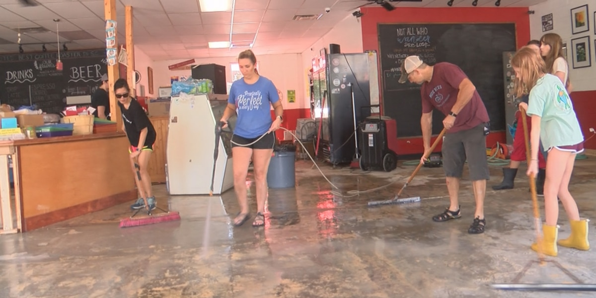Summerville community rallies to clean flooded business after weekend storms