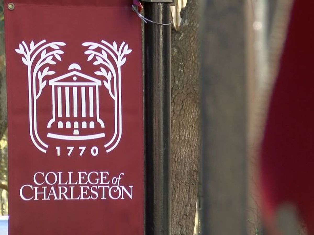 College of Charleston ordered to hand over athletic director, baseball coach devices