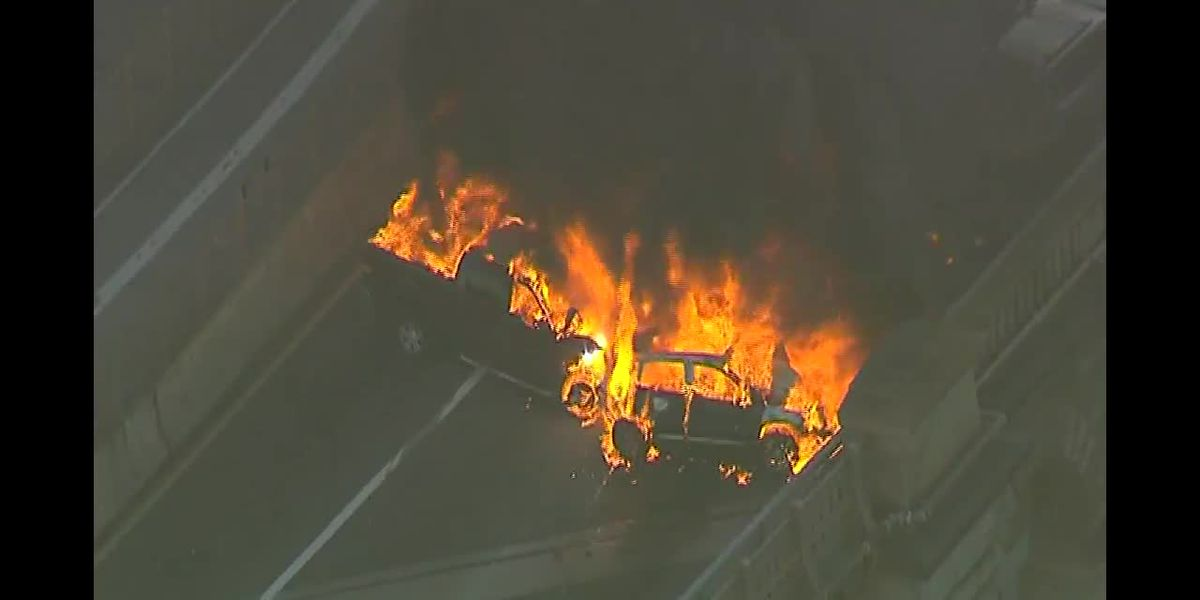 1 dead, 5 injured after cars burst into flames on Brooklyn Bridge