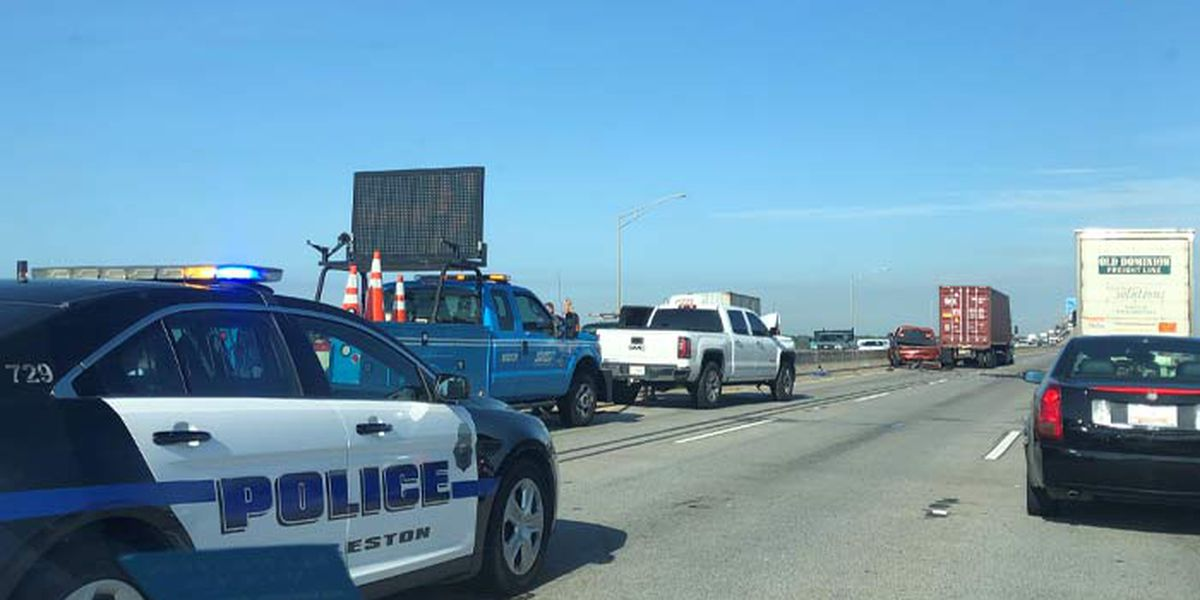 Crashes that led to back up of I-526 at Don Holt Bridge cleared
