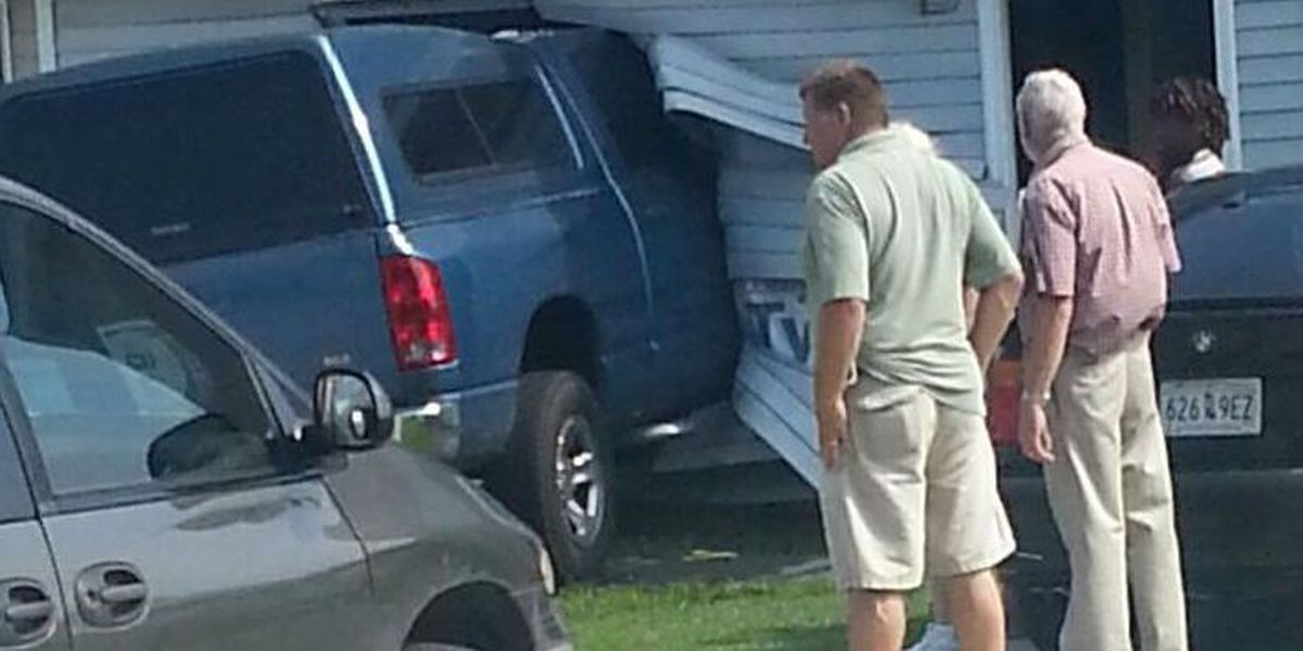 Troopers: Woman accidentally hit gas pedal, crashed into home