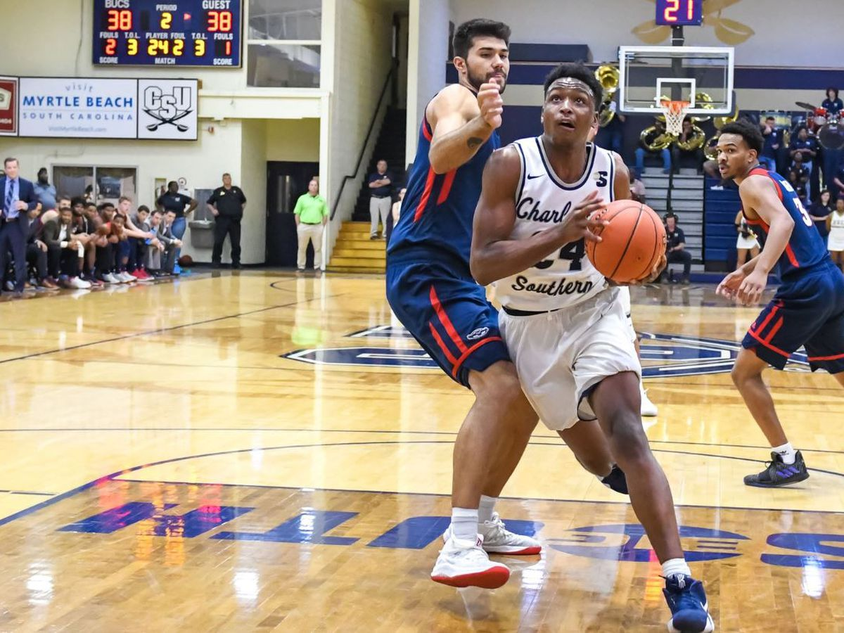 Buccaneers hold off late Florida Atlantic charge in CIT First Round win
