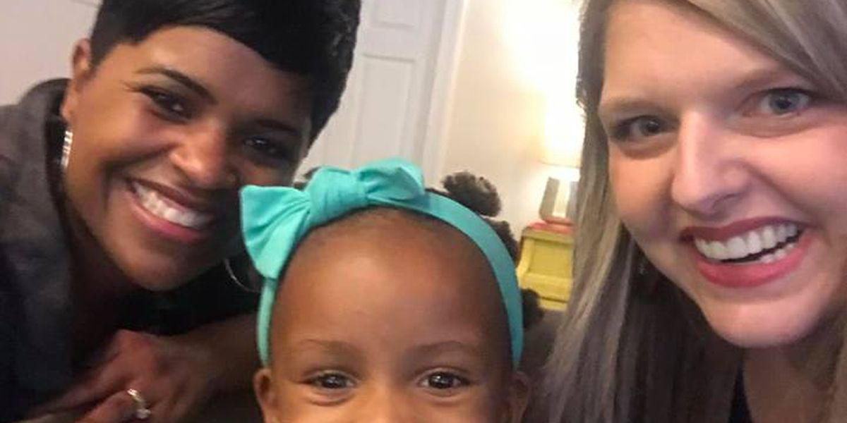 GA mom says 'our world needs more people' like stranger who helped with daughter's hair
