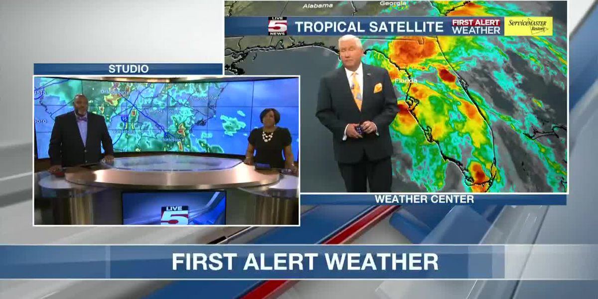 VIDEO: Periods of heavy rain, some coastal flooding possible into Thursday
