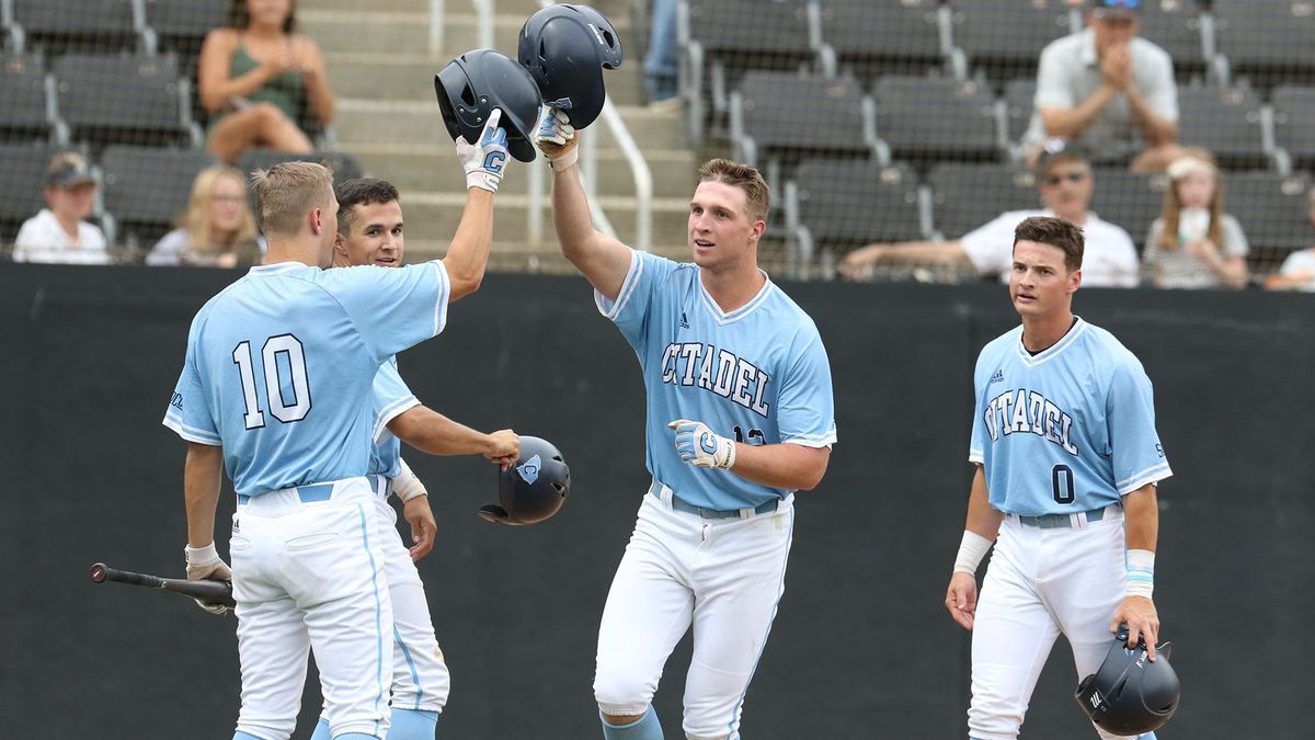 Bulldogs Use Long Ball in Game One of Doubleheader